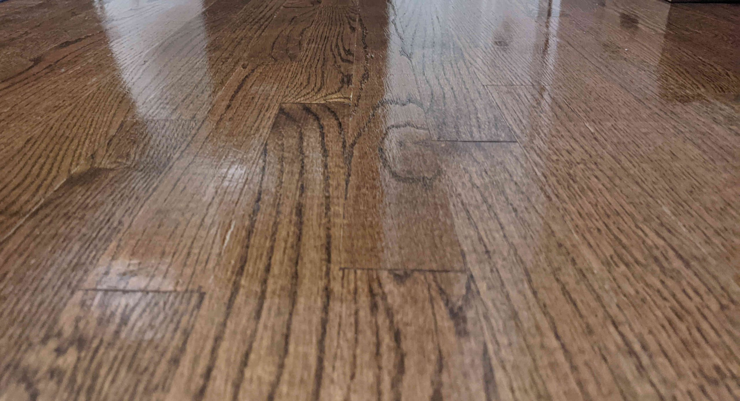 What's the Difference Between Engineered Hardwood and Laminate Flooring?